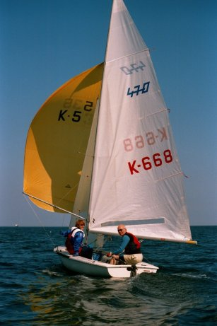 Roy Henderson and Audrey Wallace enjoying near perfect conditions on board a 470 dinghy on the Forth